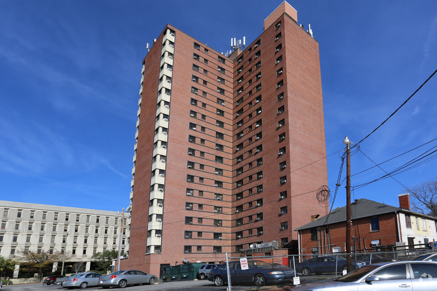 cornell-arms-apartments-columbia-sc-building-photo